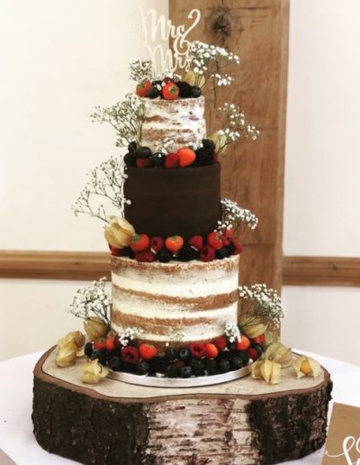 naked cake wedding cakes